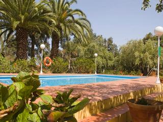 Holiday cottage with shared pool in Firgas GC0020