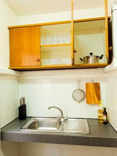 35m2 studio for 2, kitchenette, shared pool
