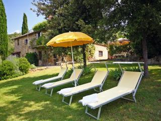 Set in the majestic Tuscan hills, six bedroom farmhouse with outdoor pool, private garden and gorgeous views, Cortona