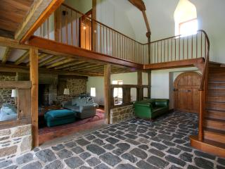 The Barn - luxurious and stylish with wi-fi