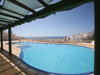 Varandas Mar 2 bed with A/C  and sea views CNR048, Albufeira