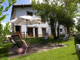 Apartamentos rurales con spa-relax para  4 pax, Cué