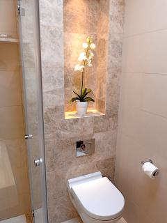 Fourth bath/shower and guest cloakroom - bathrooms are equipped with shaver sockets