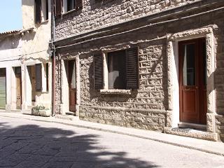 L'appartamento con terrazza, Aggius