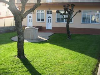 Apartamento de 2 dormitorios e, Carnota