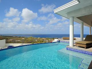 4 bedroom villa - oceans views