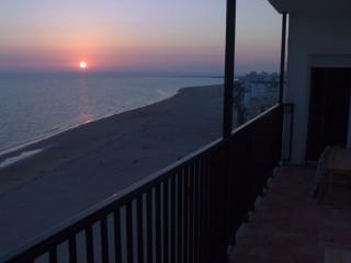 1ª línea de playa La Costilla con GARAJE y WIFI