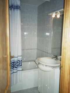 Family Spa Bathroom
