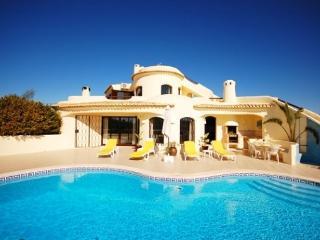 Villa Mena