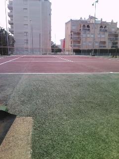 Pista de tenis comunitaria