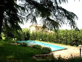 Detached house with shared pool 90 kms from Rome, Giove
