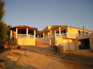 Casa de 3 habitaciones en Pêra, Pera