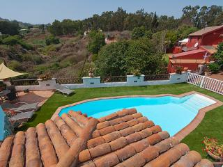 Holiday cottage with pool in Firgas GC0024
