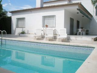 Villa Sticxi. piscina. para 8 personas en Vinaròs, Vinaros