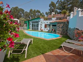 Holiday cottage with pool in Firgas GC0024, Moya