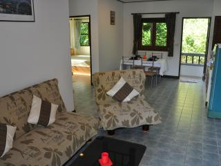 2 Bedroom Apartment near Chaweng Beach/Center