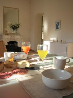 Breakfast in morning sunshine