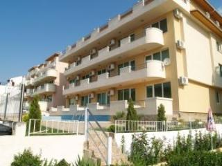Sea View Great Family Friend apartment with views, vacation rental in Sveti Vlas