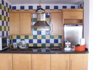 Hawaii 28D Burriana beach - close to town centre, Nerja