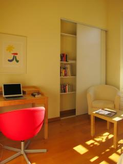 Writing desk in the guest room