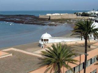 """Apartamento old city, MUY CERCA de Playa""""Caleta"""", Cádiz"""