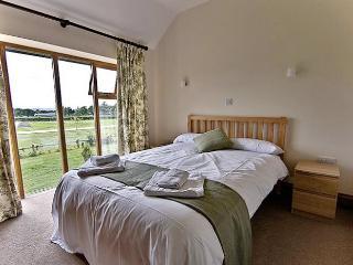 Leopold House Double ensuite bedroom