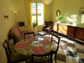 Apartment 2 34 rue du Faubourg, Prats de Mollo la Preste