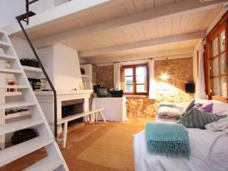 Casa de campo con  encanto y chimenea