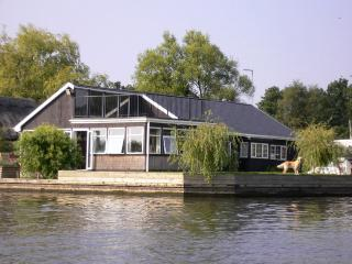 Willow Lodge, Horning
