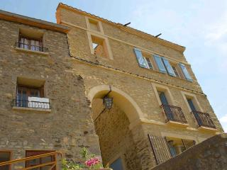 Portal De La Forca - Joch - Free Wifi, Magnificent Mountain Views !! Sleeps 5,