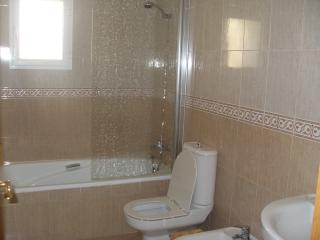 En suite bathroom, bath, shower, wash hand basin, wc and bidet.