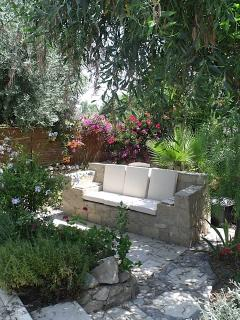 GARDEN SEAT delightful and peaceful place to sit amongst the roses, lavender and hibiscus