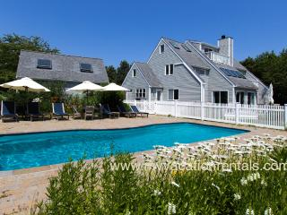 CHURS - Luxury Katama Home, Heated Pool, Large Patio Area, Private Yard, Edgartown