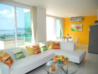 Stunning Sea views apartment, Patong