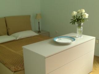Charming Double, Shared Kitchen/Shower, Near Beach, Opatija