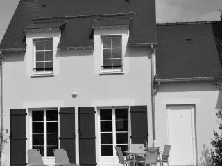115 Green Beach, Normandy, Port-en-Bessin-Huppain