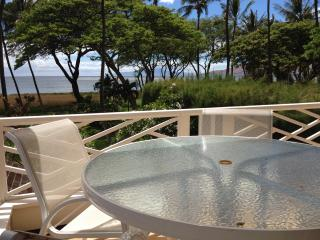 Exclusive Beachfront Cottage, Amazing Ocean Views from Private Lanai!, Kihei
