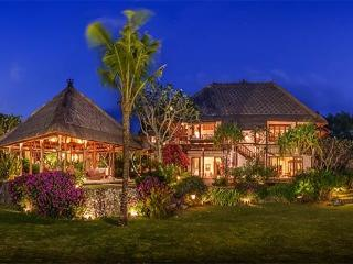 Villa Bayuh Sabbha, Ungasan
