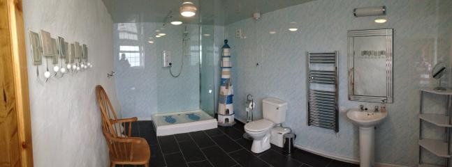 The Annex (second) shower room, accessed via its own entrance - perfect for kids off the beach