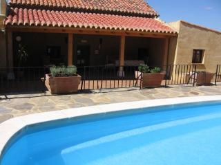 Casa Rural con piscina para grupos de 8/9 personas, Zamora