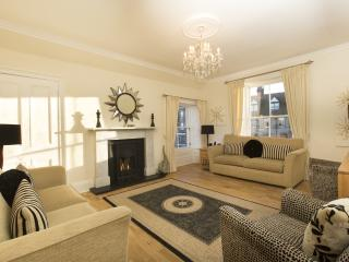 WINNER - AARAN HAVEN, 5 star, 3 bedrooms, sleeps 6 in the heart of North Berwick