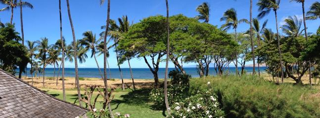 Amazing ocean views from lanai and throughout the cottage!