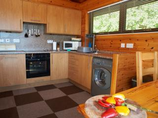 Modern Fitted Kitchen with all usual equipment plus washer/ dryer