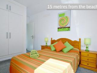 (4)  NEW: 15 metres from beach!