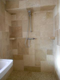 En-suite wet room shower