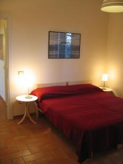 Le Caiole Ciliegio / Cherry. The bedroom.