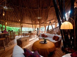 Amazing 4 storey Bamboo Home, Ubud