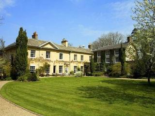 Wellington Manor