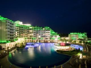 Studio Aptmt 5* Emerald Resort