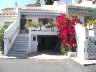 Bonita casa con piscina,  mejor zona de Almuñecar